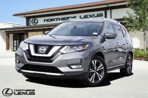 Pre-Owned 2017 Nissan Rogue